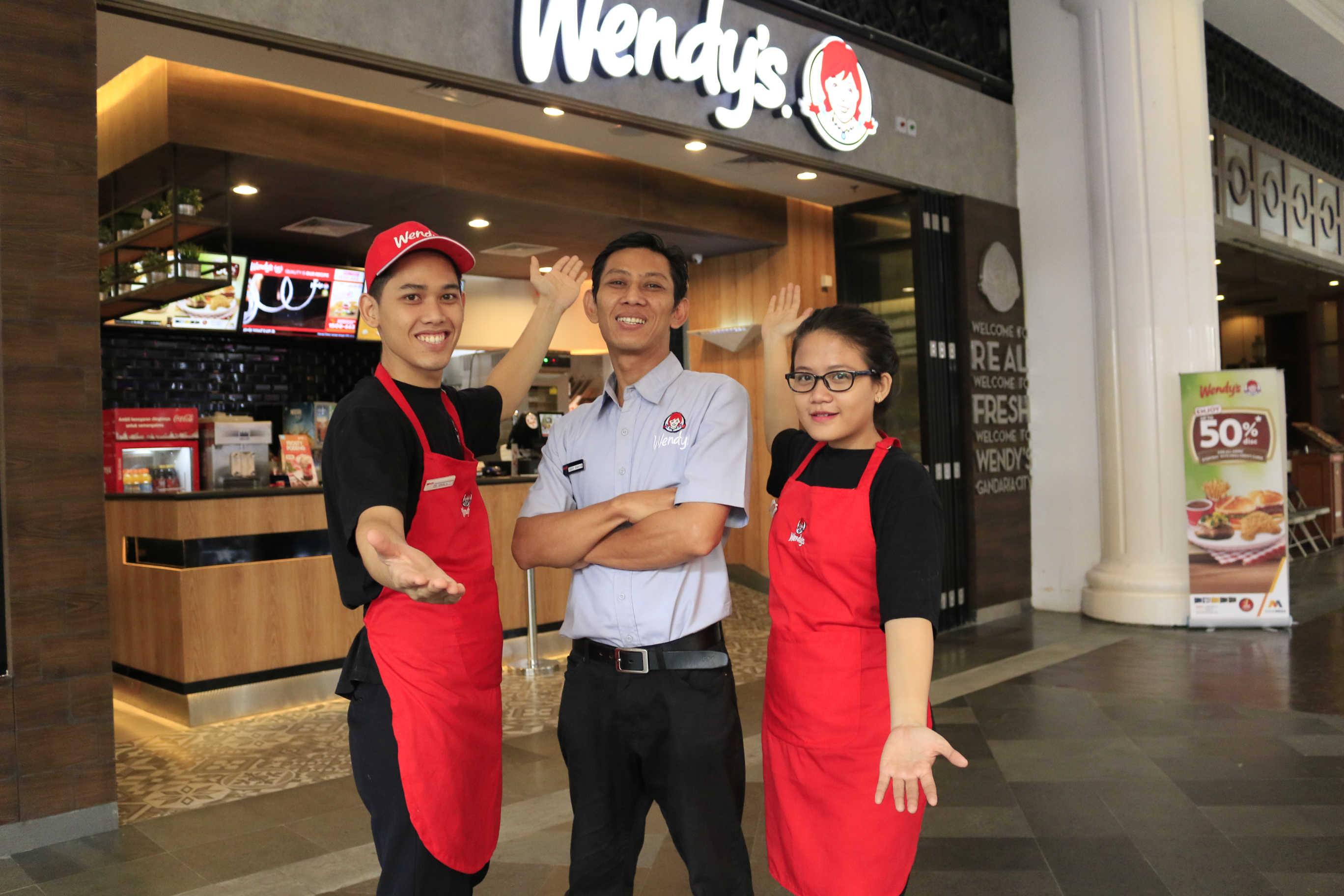 Wendy's Crew